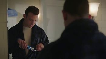 Crest Pro-Health TV Spot, 'Paramount Network: Lip Sync Battle' - Thumbnail 1