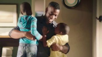 USAA TV Spot, 'The Hayles Family: Members for Life - Thumbnail 3