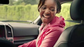 USAA TV Spot, 'The Hayles Family: Members for Life - Thumbnail 6
