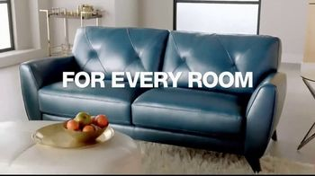 Macy's Presidents' Day Sale TV Spot, 'Furniture and Rugs' - Thumbnail 3