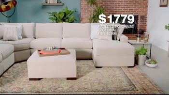 Macy's Presidents' Day Sale TV Spot, 'Furniture and Rugs' - Thumbnail 5