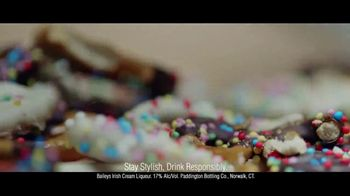 Baileys Irish Cream TV Spot, 'Forgetting Dessert' - Thumbnail 7