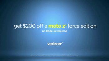 Motorola Moto Z TV Spot, 'Reinvent Your Smartphone' - Thumbnail 9