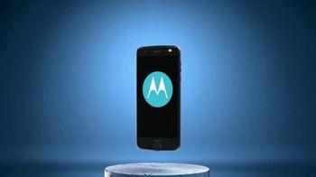 Motorola Moto Z TV Spot, 'Reinvent Your Smartphone' - Thumbnail 7