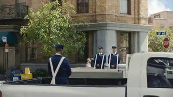 Maytag November Savings TV Spot, 'Delivery Man' Featuring Colin Ferguson - Thumbnail 5