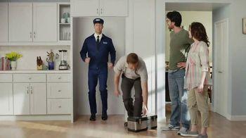 Maytag November Savings TV Spot, 'Delivery Man' Featuring Colin Ferguson - Thumbnail 8