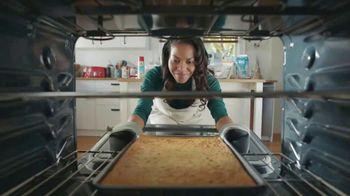 Pam Baking Spray TV Spot, 'If You Can Wrap a Football...' - Thumbnail 5