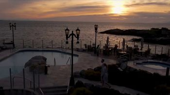 Clipper Vacations TV Spot, 'Seattle to Victoria, BC Holiday Getaway' - Thumbnail 6
