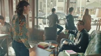 Sprint Flex TV Spot, '¿Ese es el incredible iPhone 8?' [Spanish] - 1363 commercial airings