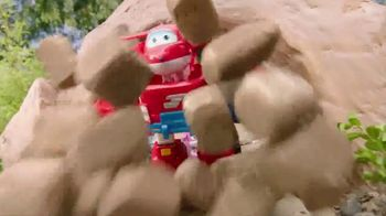 Super Wings Jett's Super Robot Suit TV Spot, 'Transform' - Thumbnail 9