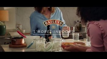 Baileys Irish Cream TV Spot, 'S'mores Indoors'