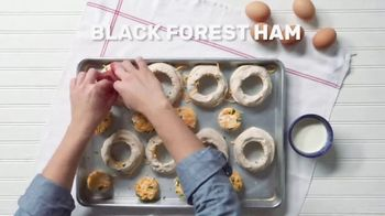 Pillsbury Crescents TV Spot, 'Food Network: Egg-in-a-Hole Biscuits' - Thumbnail 7