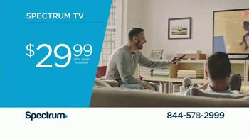 Spectrum TV, Internet and Voice TV Spot, 'All the Facts' - Thumbnail 4