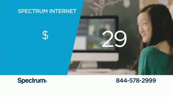 Spectrum TV, Internet and Voice TV Spot, 'All the Facts' - Thumbnail 6