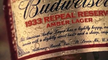 Budweiser 1933 Repeal Reserve Amber Lager TV Spot, 'Introducción' [Spanish] - Thumbnail 6