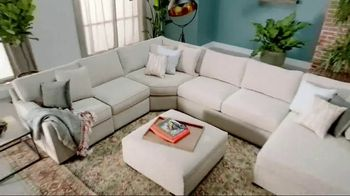 Macy's Veterans Day Sale TV Spot, 'Furniture and Rugs'