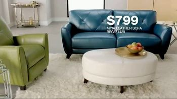 Macy's Veterans Day Sale TV Spot, 'Furniture and Rugs' - Thumbnail 6