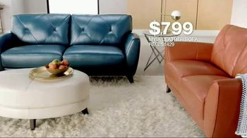 Macy's Veterans Day Sale TV Spot, 'Furniture and Rugs' - Thumbnail 7