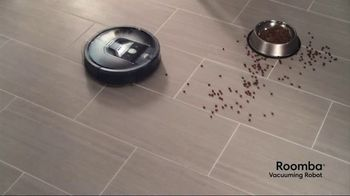 iRobot Roomba 980 Vacuuming Robot TV Spot, 'A Day in the Life' - Thumbnail 7