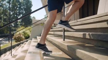 Dr. Scholl's TV Spot, 'Jay the Traveler' - Thumbnail 9