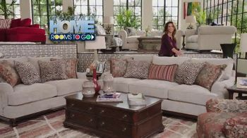 Rooms to Go Holiday Sale TV Spot, 'Cindy Crawford Home' - 2 commercial airings