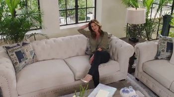 Rooms to Go Holiday Sale TV Spot, 'Cindy Crawford Home' - Thumbnail 10