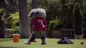 Nissan TV Spot, 'Heisman House: Part Mascot' Featuring Herschel Walker [T1] - Thumbnail 4
