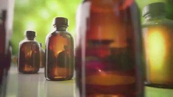 Blistex Triple Essentials TV Spot, 'Essential Oils'