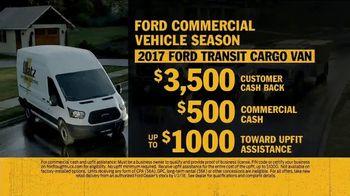 Ford Commercial Vehicle Season TV Spot, 'Don't Sweat It' [T2] - Thumbnail 9