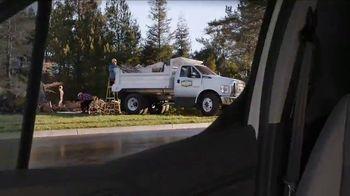 Ford Commercial Vehicle Season TV Spot, 'Don't Sweat It' [T2] - Thumbnail 4