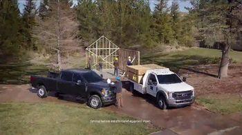 Ford Commercial Vehicle Season TV Spot, 'Don't Sweat It' [T2] - Thumbnail 5