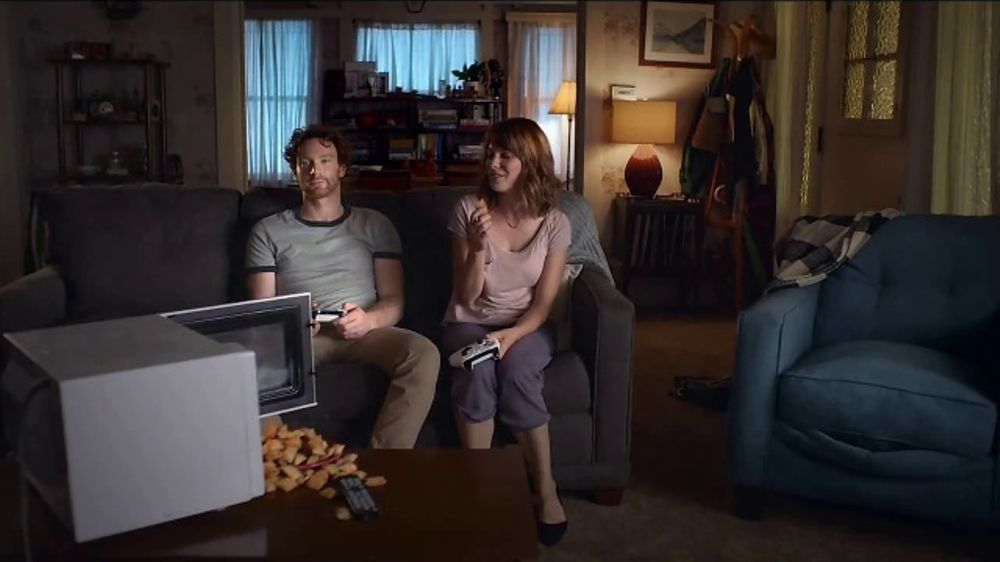 Totino's Pizza Rolls TV Commercial, 'She's Home: Unlock'