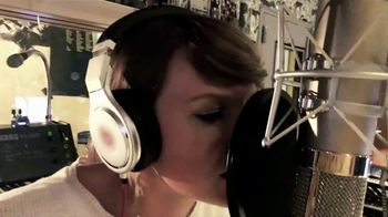 AT&T Taylor Swift NOW TV Spot, 'The Making of a Song' - Thumbnail 4