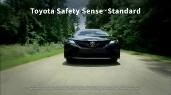 2018 Toyota Camry TV Spot, 'Jaw-Dropping Design' [T2] - Thumbnail 3