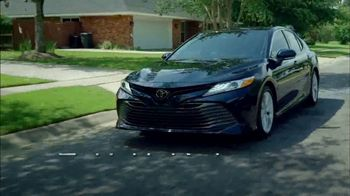 2018 Toyota Camry TV Spot, 'Jaw-Dropping Design' [T2] - Thumbnail 5