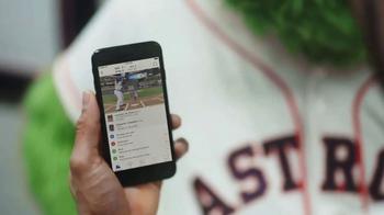 MLB.com At Bat TV Spot, 'Tiempo libre' con Carlos Correa [Spanish] - Thumbnail 6