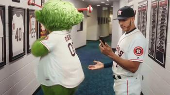 MLB.com At Bat TV Spot, 'Tiempo libre' con Carlos Correa [Spanish] - Thumbnail 7