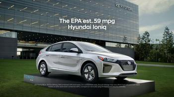 2017 Hyundai Ioniq TV Spot, 'Hybrid Blues' [T1] - Thumbnail 9