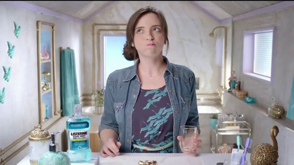 Listerine Zero Alcohol TV Commercial, 'Metal Concert and Violins'
