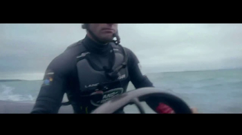 2017 Land Rover Discovery TV Spot, 'Serenity in the Storm' Ft. Ben Ainslie [T1] - Thumbnail 4