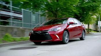 Toyota TV Spot, 'Fully Loaded' [T2] - Thumbnail 2