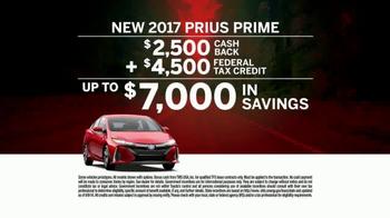 Toyota TV Spot, 'Fully Loaded' [T2] - Thumbnail 9