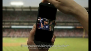 T-Mobile One TV Spot, 'Béisbol ilimitado' con Nelson Cruz [Spanish] - Thumbnail 9