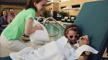 Holiday Inn TV Spot, 'Sonrisas' [Spanish] - Thumbnail 4