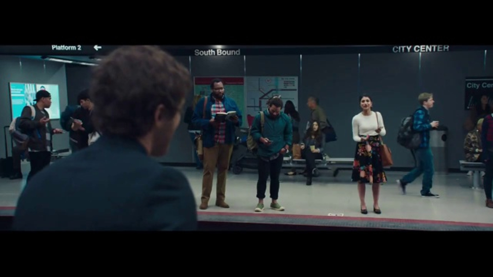 Verizon Unlimited TV Commercial, 'All Aboard the Network' Ft. Thomas Middleditch