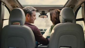 Farmers Insurance TV Spot, 'Hall of Claims: Coupe Soup' - Thumbnail 4