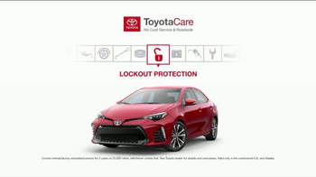 Toyota ToyotaCare TV Spot, 'Comes Standard' [T1] - Thumbnail 6