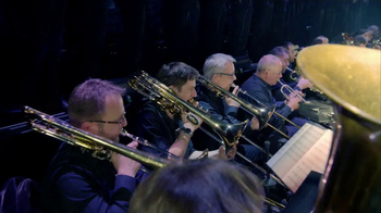 AXS.com TV Spot, 'Hans Zimmer Live on Tour: Shrine Auditorium' - Thumbnail 2