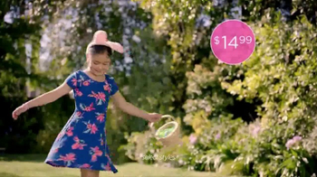 JCPenney The Easter Sale TV Spot, 'Floral Tops and Waffle Makers' - Thumbnail 2