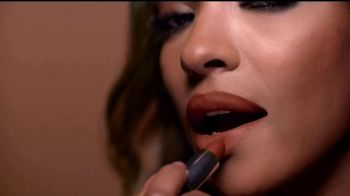 Maybelline Color Sensational Inti-Matte Nudes TV Spot, 'Íntimo' [Spanish] - 90 commercial airings